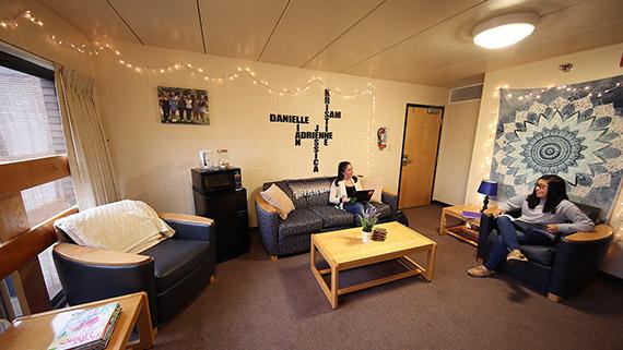 Three Person Dorm Room Layout